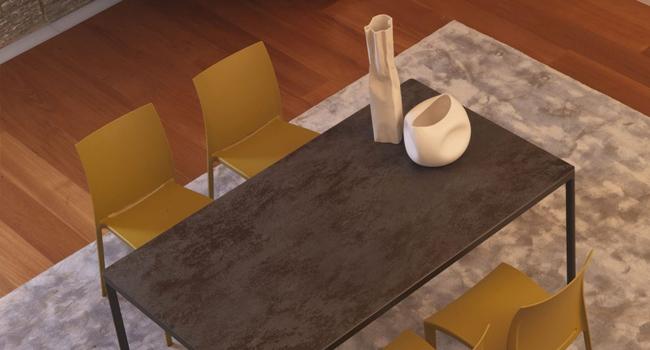 Vendita tavoli in cristallo trasparente con base in metallo for Tavoli di design in ferro