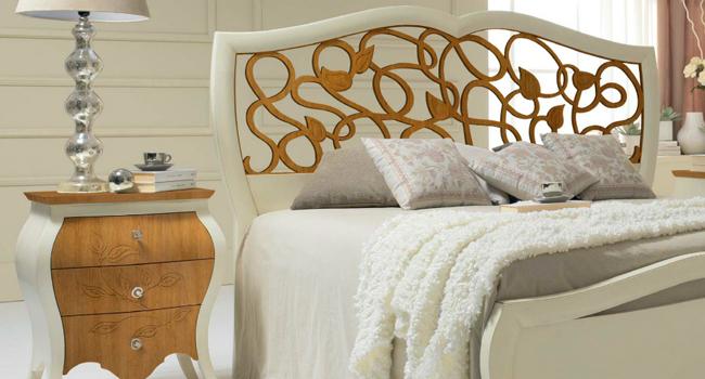 Camere da letto classiche in legno Made in Italy